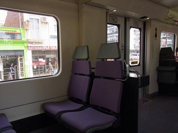 バルセロナから列車に乗って_a0098948_20360196.jpg