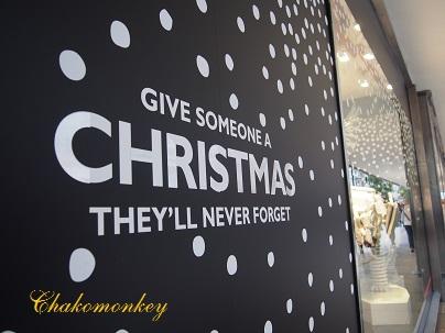John Lewisのクリスマスのディスプレー_f0238789_19392352.jpg