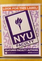 ニューヨークの大学生気分をちょっぴり味わえる本屋さん NYU Bookstore_b0007805_13464030.jpg