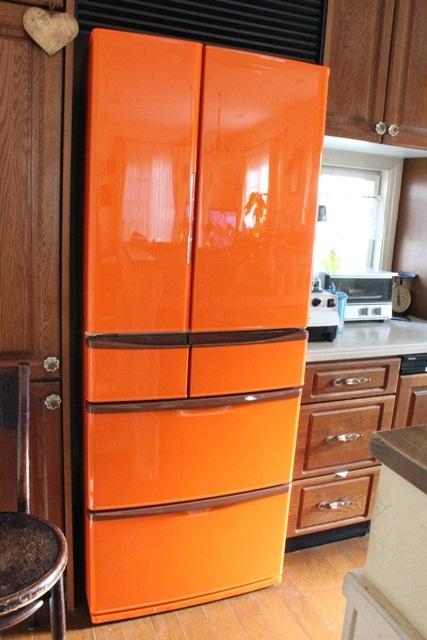 オレンジ色の冷蔵庫が出来上がりました(^^♪_a0213806_1735436.jpg