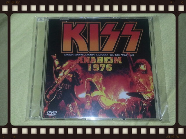 KISS / ANAHEIM 1976 _b0042308_0215650.jpg