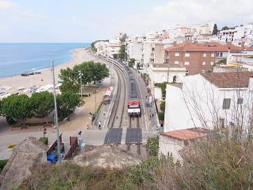 バルセロナから列車で1時間の町_a0098948_255519.jpg