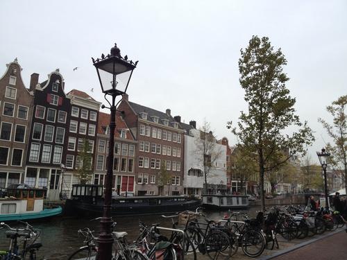 アムステルダムへ_b0300862_23595698.jpg