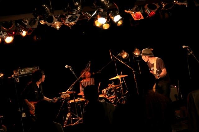 2013/10/31JANUS photo_c0197505_16353524.jpg