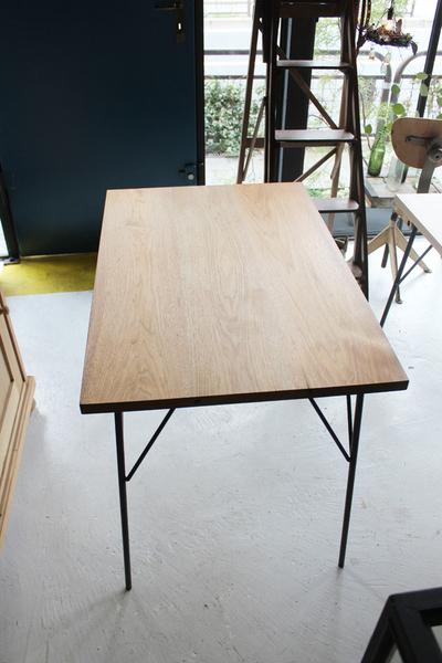 『鉄脚テーブル クルミ 完成・発送」_f0192906_1958924.jpg