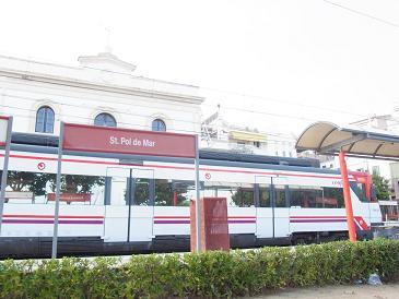 バルセロナから列車で1時間の町_a0098948_32016.jpg