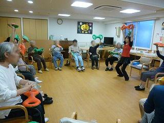 3B体操始まる<アクティブライフ夙川・デイサービス>_c0107602_11191070.jpg