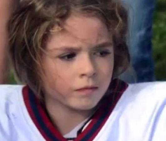 9歳でアメフトのスター選手になった女の子、サム・ゴードンちゃんのお話_b0007805_2341986.jpg