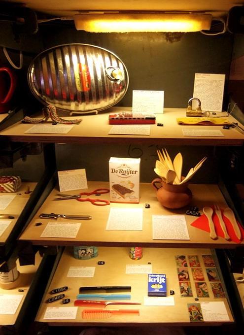 "NYのSoHoにある異文化体験空間、""Kiosk\"" - Cultural Gifts Store / Museum_b0007805_9291455.jpg"