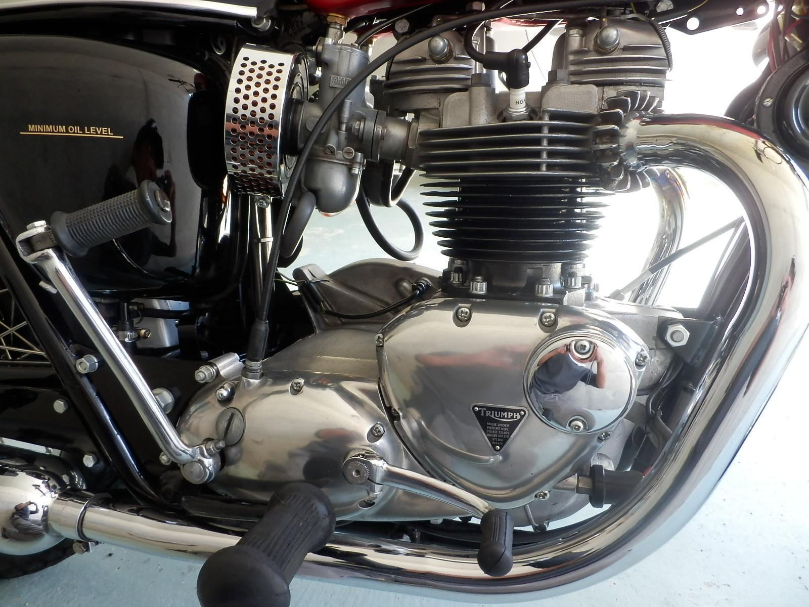 1969年 Triumph T120R_b0153544_22554050.jpg