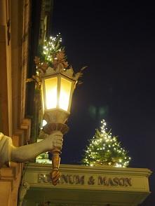 F&Mのクリスマス_f0238789_18475829.jpg