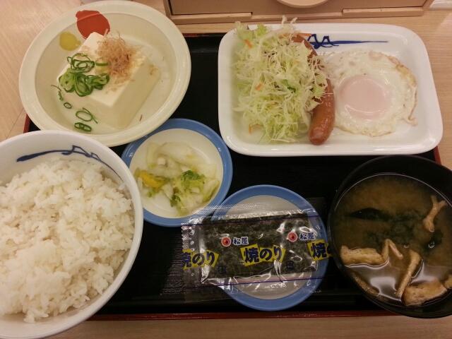 ソーセージエッグ定食¥390@松屋_b0042308_7412632.jpg