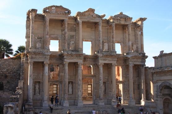 地中海文明の最も重要な遺跡_a0113718_859324.jpg