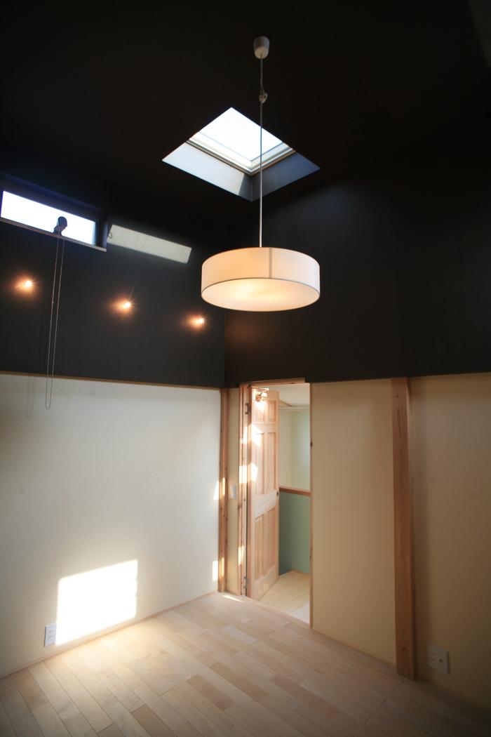 「スタジオの家」竣工_e0189939_23541250.jpg