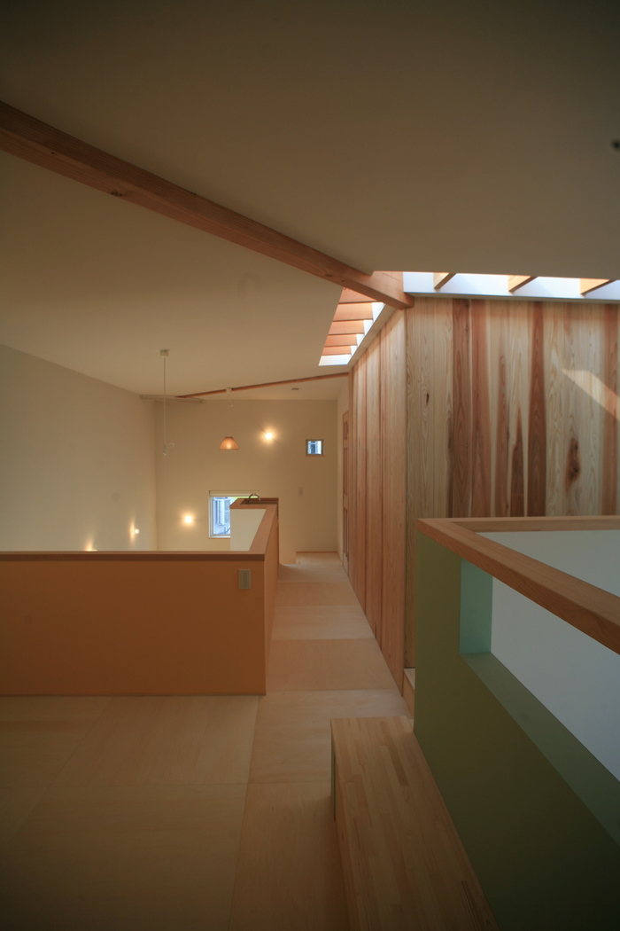 「スタジオの家」竣工_e0189939_2359768.jpg