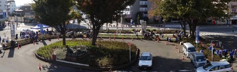 小平駅南口広場の花植え替え_f0059673_23363850.jpg