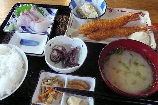 お醤油と絶品エビフライ_c0116778_994231.jpg