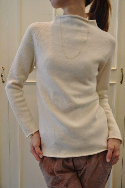 リュクスに  ・・・   knit 。 outer 。。。_b0110586_19385126.jpg