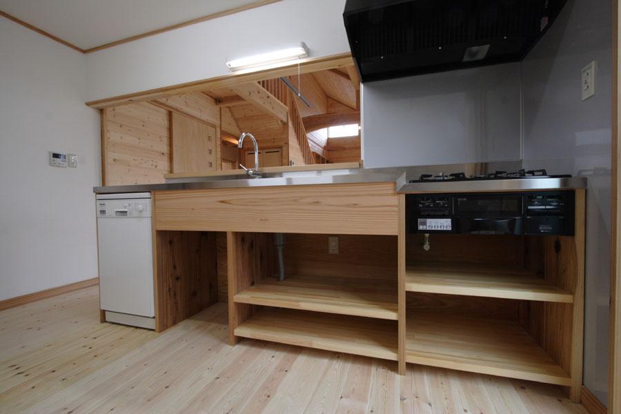 各邸の「手造りキッチン」_f0150893_18444323.jpg
