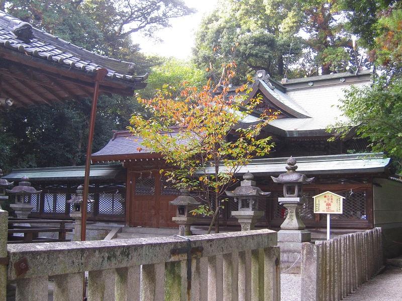 下鴨神社で有名な、鴨社/鴨族のルーツは「奈良県御所市」にあった。_e0237645_20313912.jpg