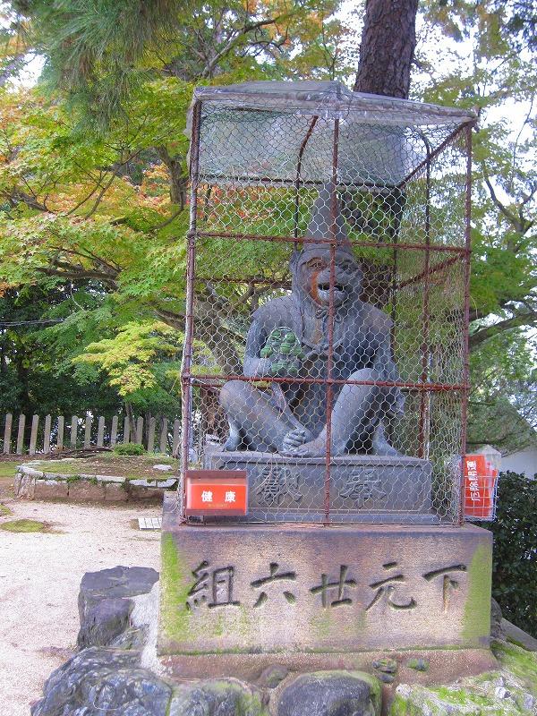 太閤秀吉の遺構を連想させる『新日吉神宮(いまひえじんぐう)』_e0237645_22174212.jpg