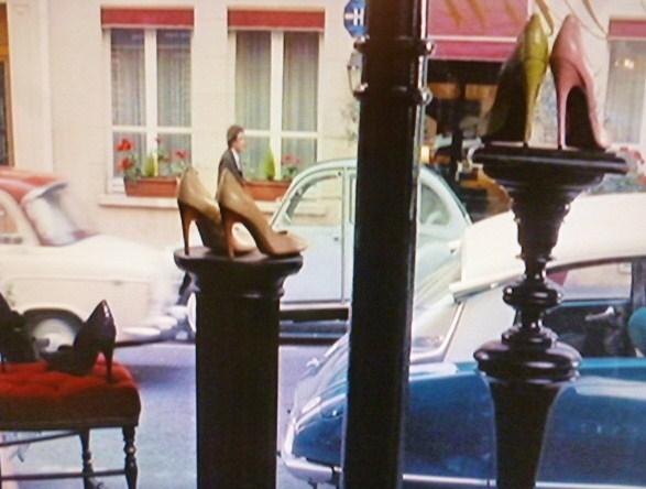 60年代のRoger Vivier Boutiqueは・・_b0210699_21580721.jpg