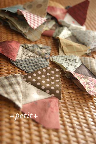三角キルトの巾着(スクラップ)_a0122205_1310461.jpg
