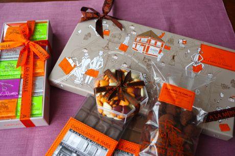 秋のパリ日記4:老舗お菓子屋さん、クラシックなビストロ、パリの食は美しい♪_e0114020_204027100.jpg