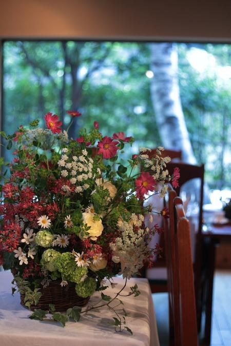秋の装花 小さい頃、お花屋さんになりたかった夢 すいぎょく様へ_a0042928_11391146.jpg