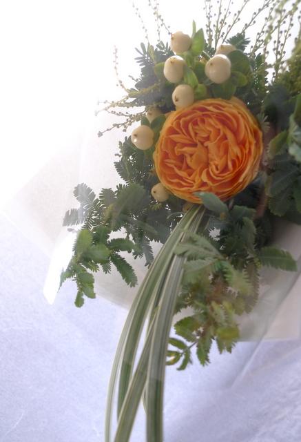 カフェでのイベントに、テーブル上に飾る小さな花束3種。_b0171193_19035292.jpg