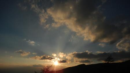 初冬の夕暮れ_e0120896_06312217.jpg