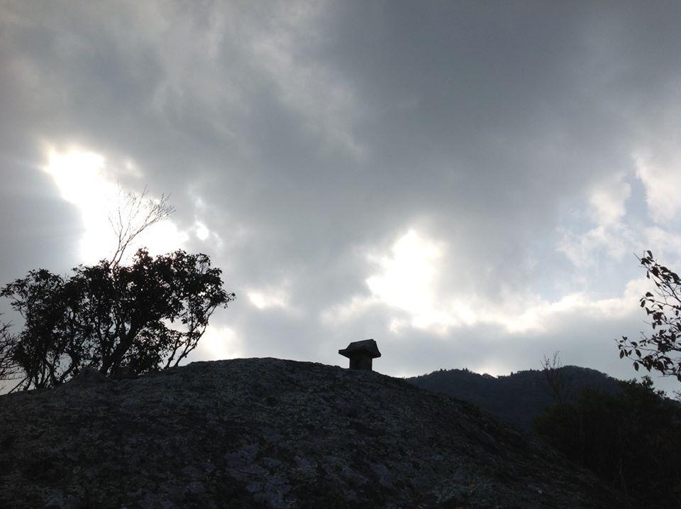国東の霊山。峨眉山ー文殊山登山_f0071303_19333072.jpg