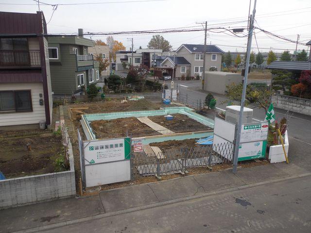 更地から床の完成まで約1ヶ月(写真追加)_c0025115_18321163.jpg