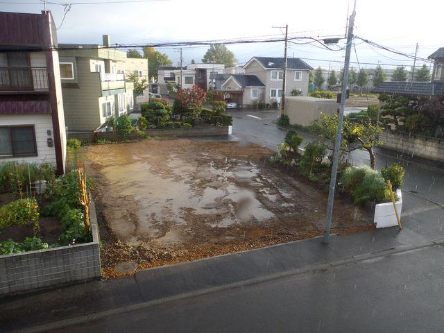 更地から床の完成まで約1ヶ月(写真追加)_c0025115_18321759.jpg