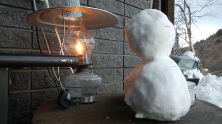 かわいい雪だるまのお出迎え_e0120896_06484663.jpg