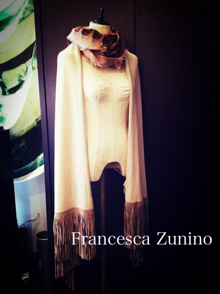 New Item, Francesca Zunino到着!!_b0115615_17203914.jpg