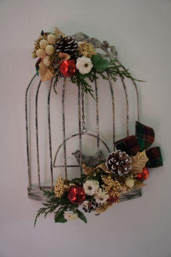 鳥かご・クリスマスバージョンとイルミネーションリース_f0155431_21542158.jpg