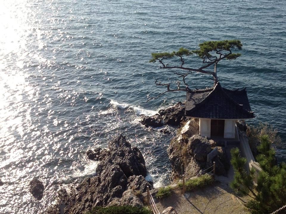 黒曜石の輝き、姫島へ_f0071303_08242410.jpg