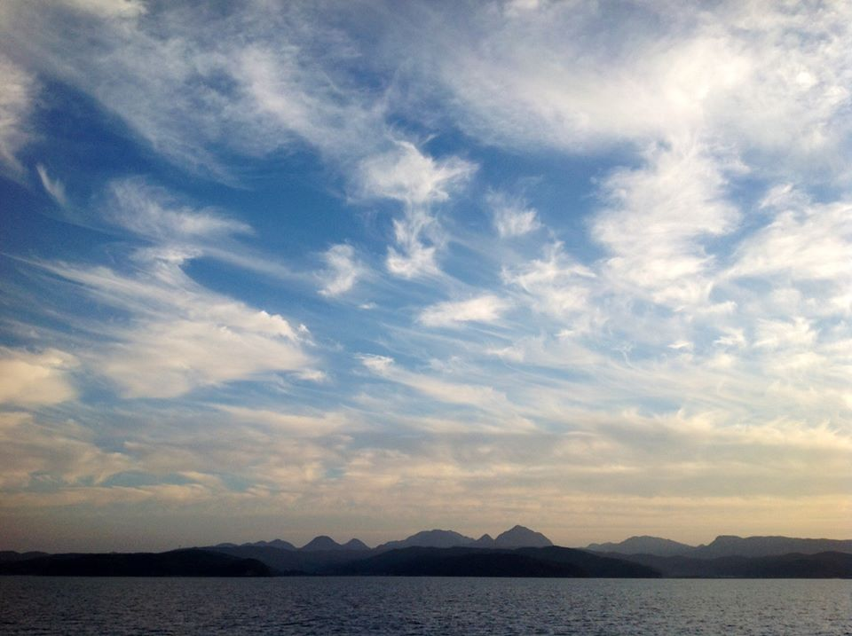 黒曜石の輝き、姫島へ_f0071303_08253045.jpg