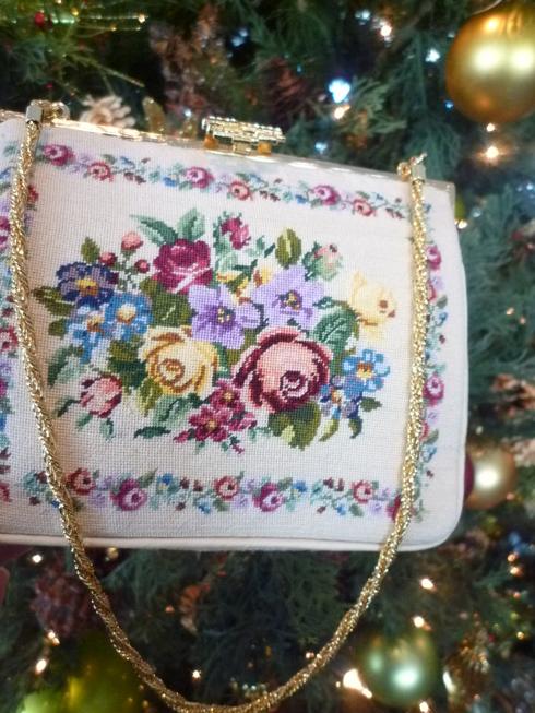 プチポワン の オペラバック。。。クリスマスの夢のような 贈り物☆。。。♡。..。.゚。*・。♬♪*†_a0053662_11192121.jpg