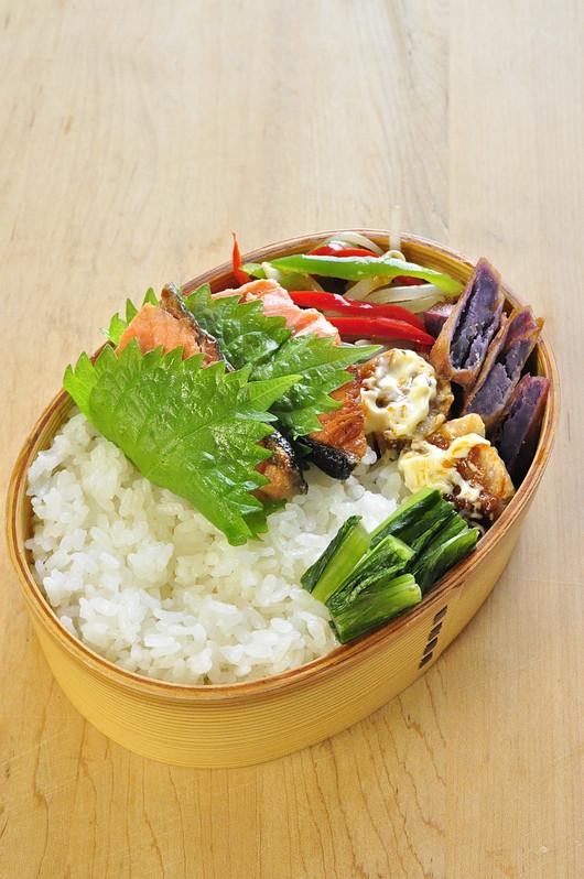 大葉鮭弁当とフィンランド料理_b0171098_824155.jpg