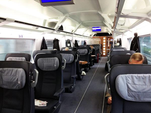No.26 9月24日 デトモルト⇒ドルトムントの列車_a0047200_11105265.jpg