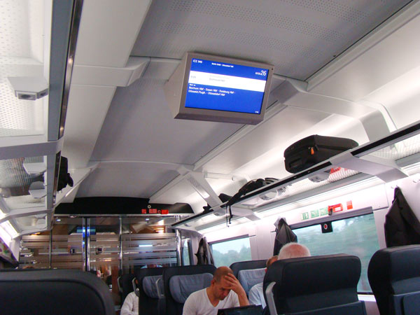 No.26 9月24日 デトモルト⇒ドルトムントの列車_a0047200_11323633.jpg