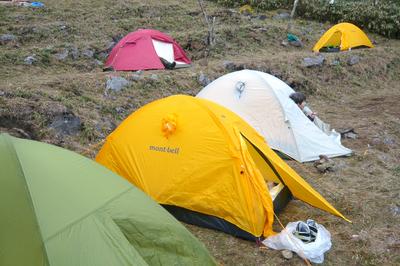 テント、再び!_e0239908_209845.jpg