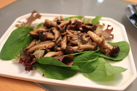韓国風海鮮キムチ鍋、ヘルムチョンゴル_a0223786_13323168.jpg