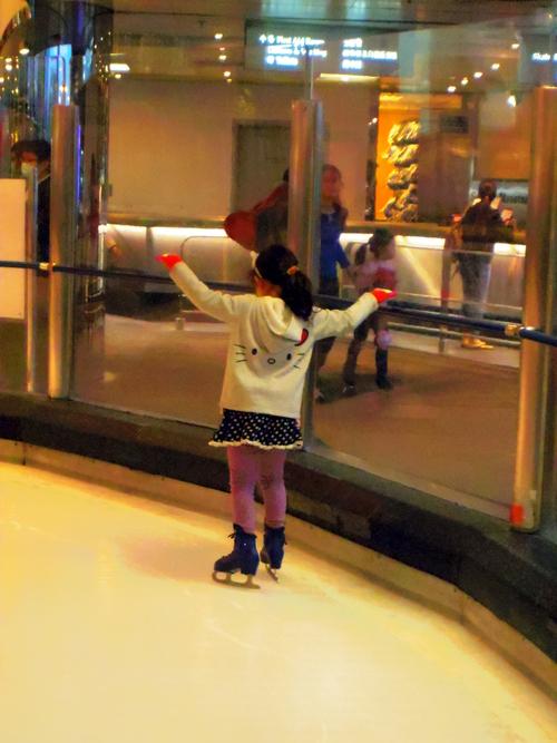 香港でスケート?!―Cityplaza Ice Palace体験_e0123104_2331371.jpg