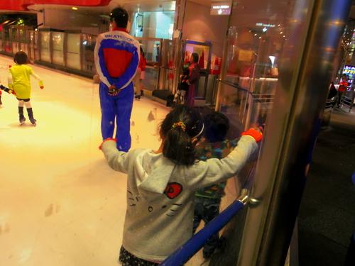 香港でスケート?!―Cityplaza Ice Palace体験_e0123104_23354330.jpg