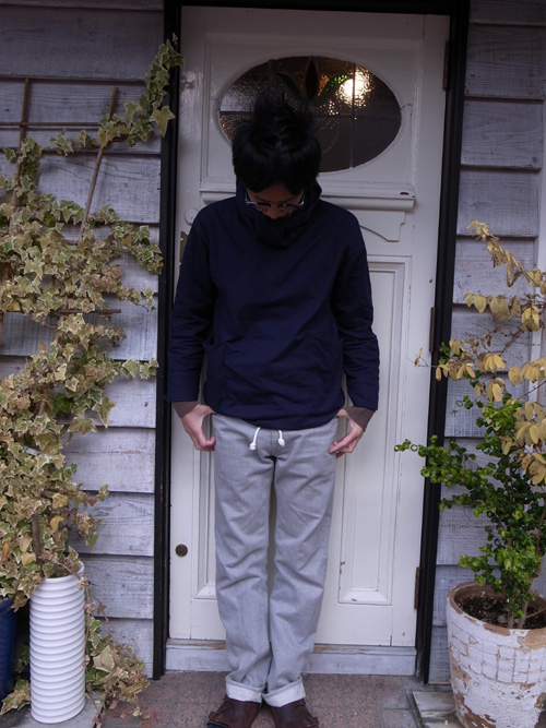Like a sweat-pants?_a0113127_13463570.jpg