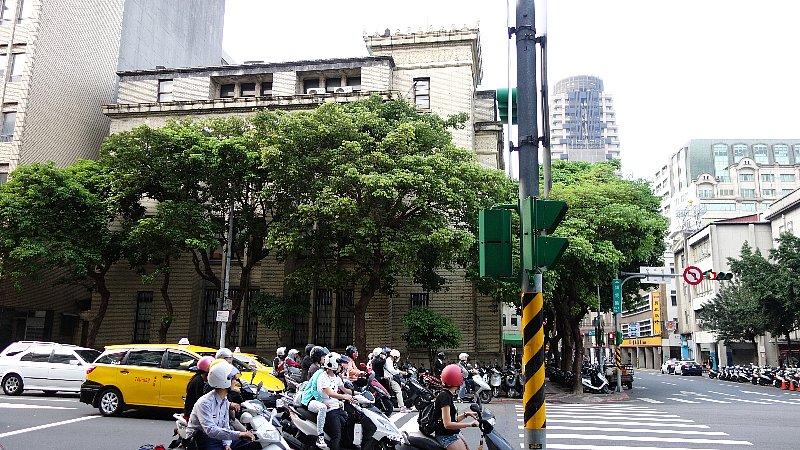 台湾銀行国際部_c0112559_8584160.jpg