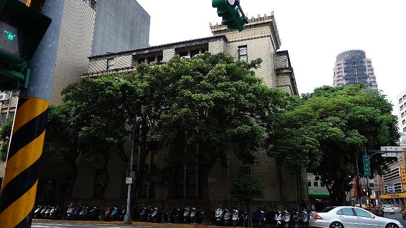 台湾銀行国際部_c0112559_91562.jpg